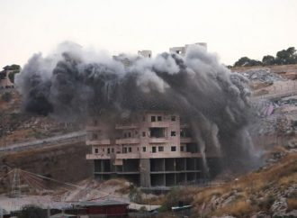 Nέα ισραηλινή θηριωδία. Kατεδάφιση εκατό σπιτιών στο παλαιστινιακό χωριό Σουρ Μπάχερ.